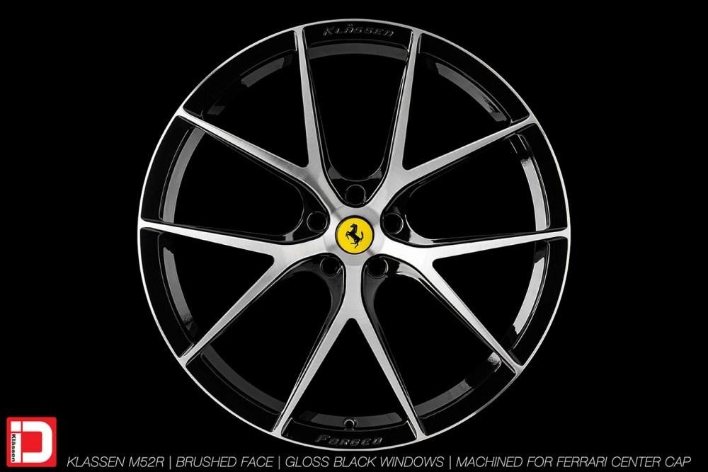 KlasseniD Wheels M52R – Brushed with Gloss Black Windows 1