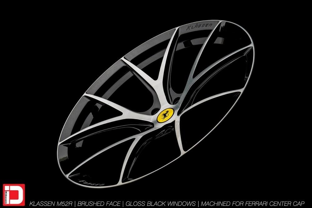 KlasseniD Wheels M52R – Brushed with Gloss Black Windows 8