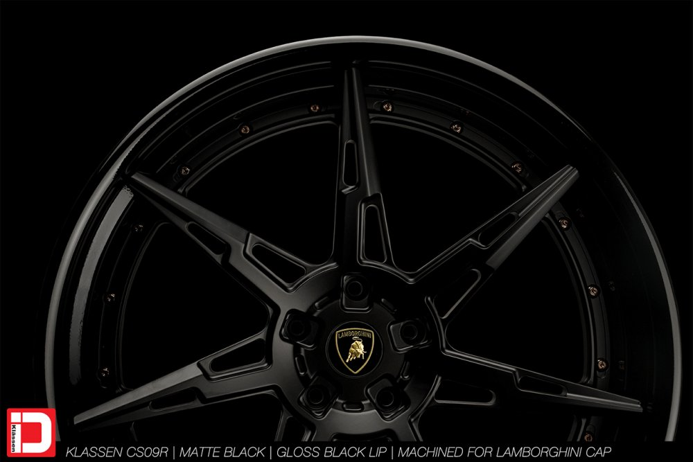 cs09r-matte-gloss-black-lamborghini-klassen-id-04