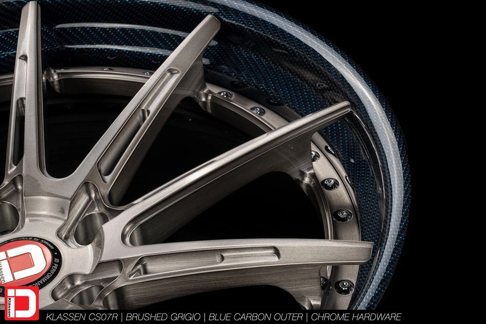 Klassen iD CS07R finished in a Brushed Grigio center with Blue Carbon lip and Chrome hardware.