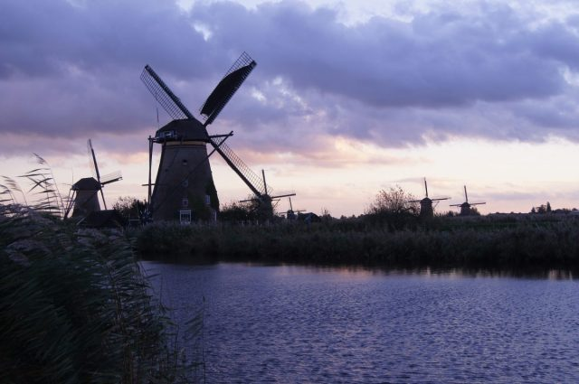 windmill-1002936_1920
