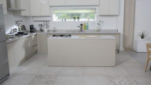Latest Kitchen Designs To Improve The Kitchen On A Very Small Budget