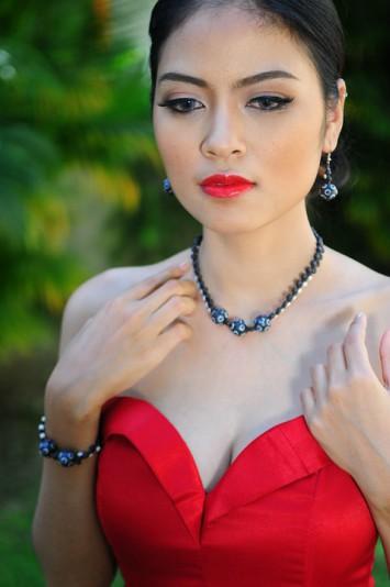 red-dress-924586_960_720