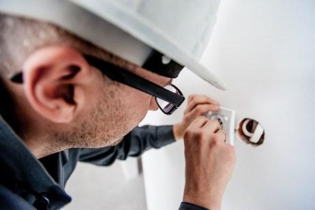 Guide to hiring 24/7 affordable Baltimoreelectrician - klaudiascorner.net