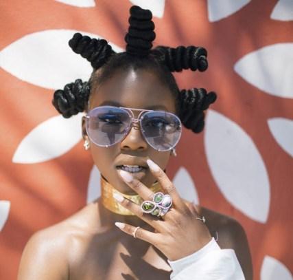 Trendy fashion accessories to completeyour look - klaudiascorner.net