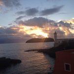 foto dell'isolotto di Santo Stefano con il faro di Ventotene