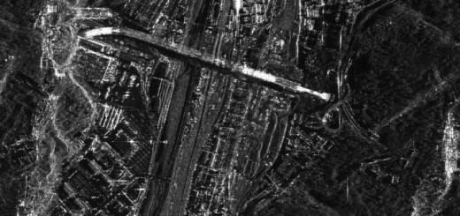 Dettaglio della prima foto del nuovo ponte di Genova scattata dai satelliti Cosmo-SkyMed (fonte: COSMO-SkyMed © ASI, 2020, processed and distributed by e-GEOS)
