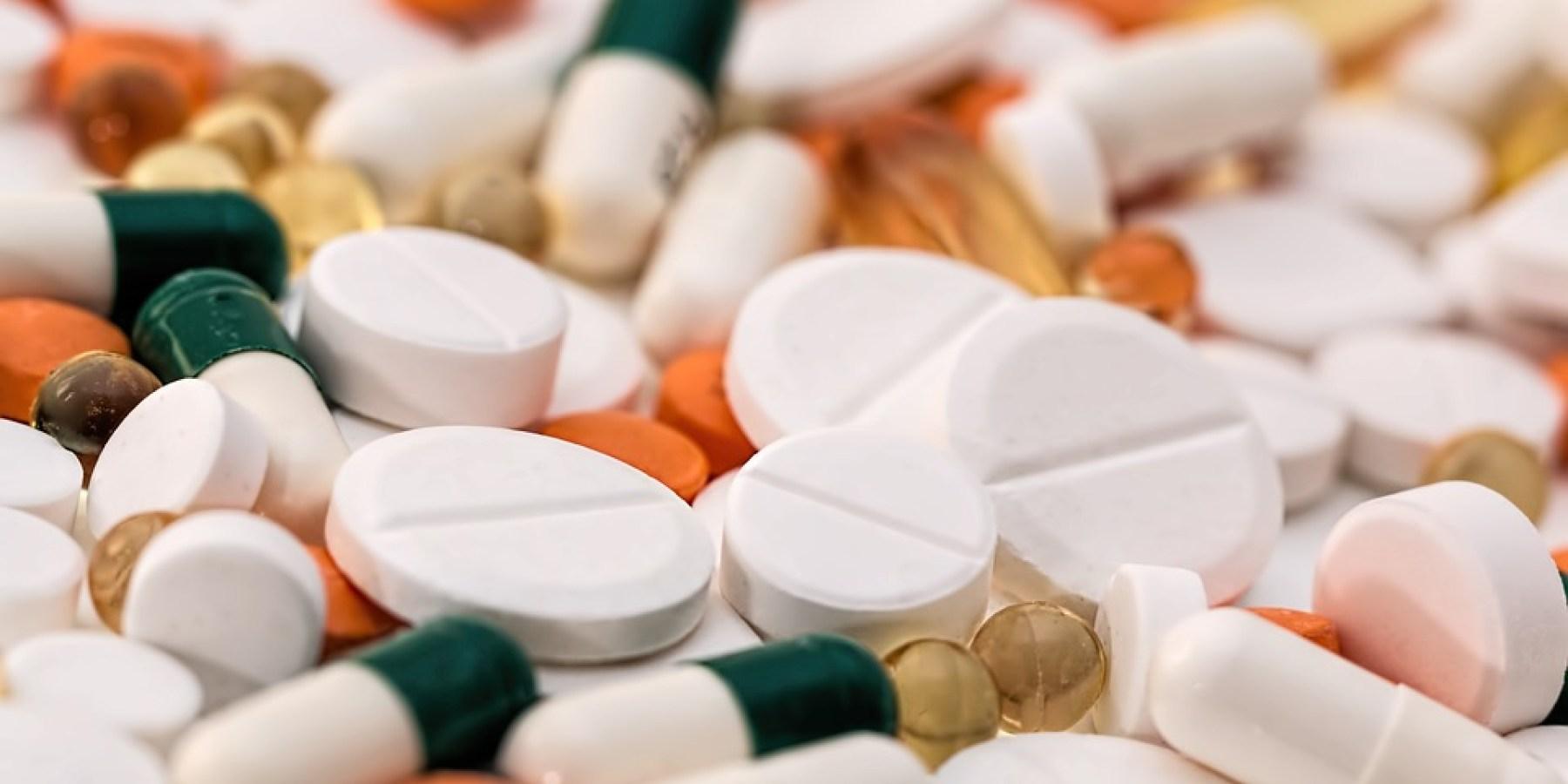 Jede Zwölfte Frau nimmt Schmerzmittel gegen Regelbeschwerden