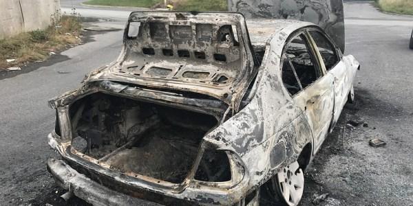 Verkehrsunfall nach PKW Brand