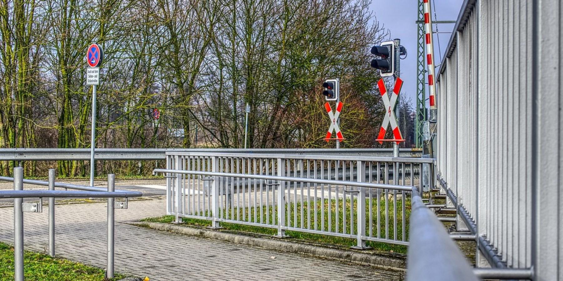 Bahnübergänge Holtmannsweg und Coermühle am Wochenende gesperrt