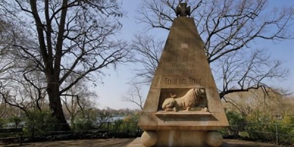Mit dem Rad zu Kriegerdenkmälern