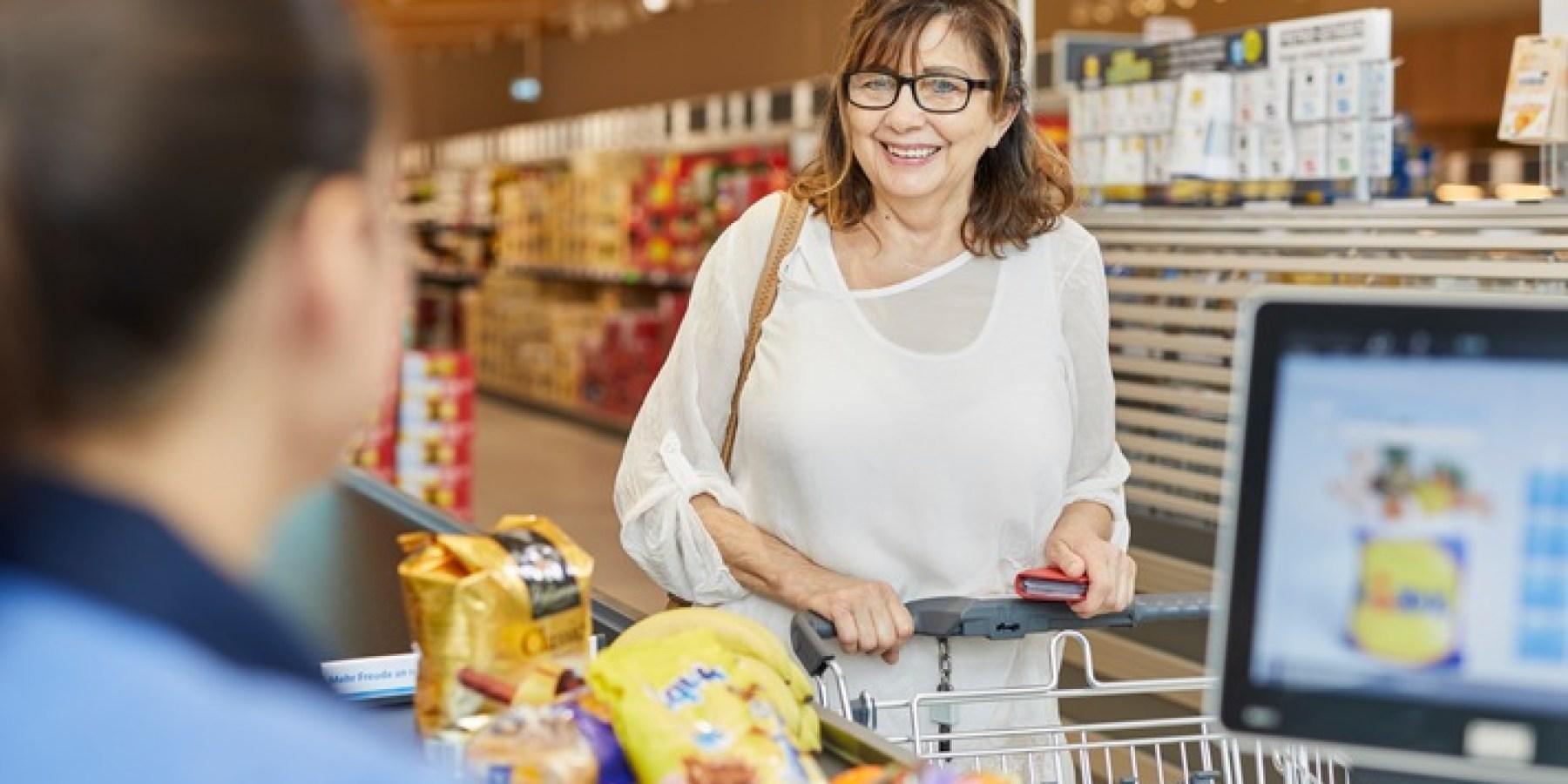 Ab 5 Euro Einkaufswert: Bargeldabhebung mit der Girocard bei Lidl