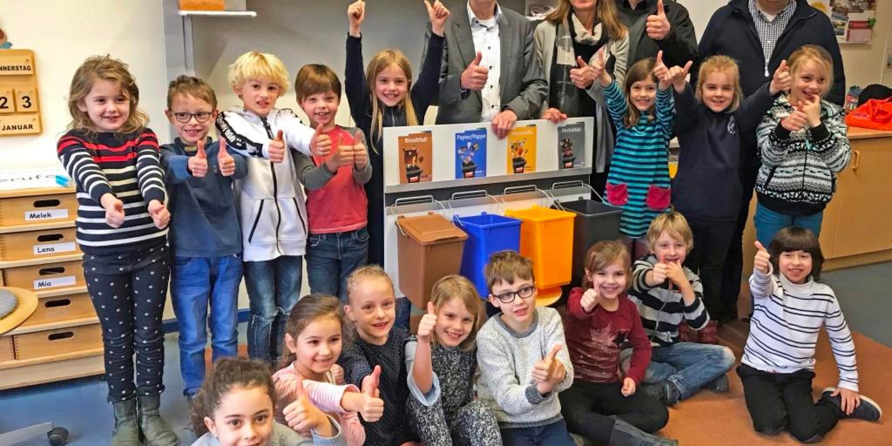 Vier Behälter für die Umwelt: Münsters Schulen trennen konsequent