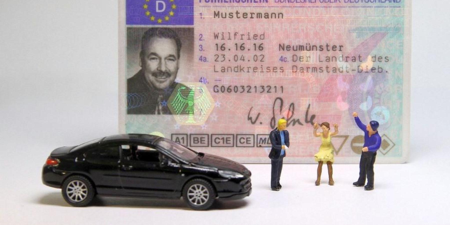 Autofahrer mit gefälschtem Führerschein gestoppt