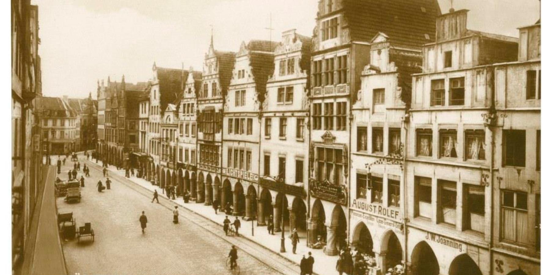 Postkarten zeigen ein unbekanntes Münster