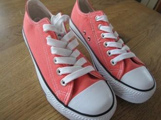 Meine Favoriten - rote Sneakers