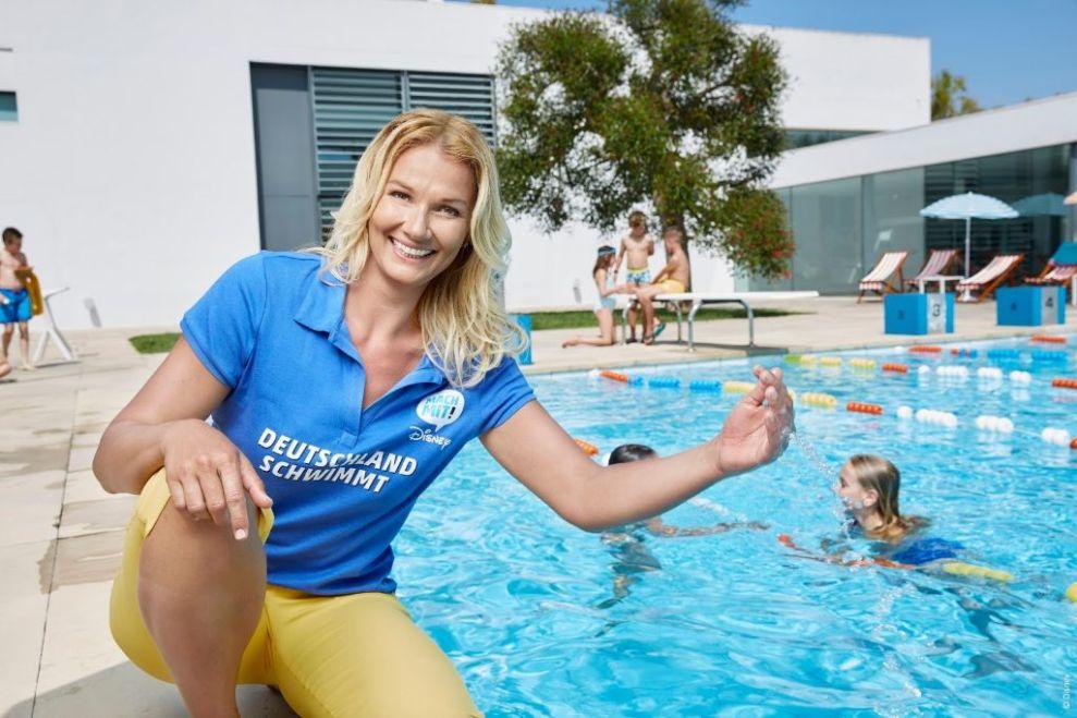 Franziska van Almsick ist Patin der Aktion Deutschland schwimmt