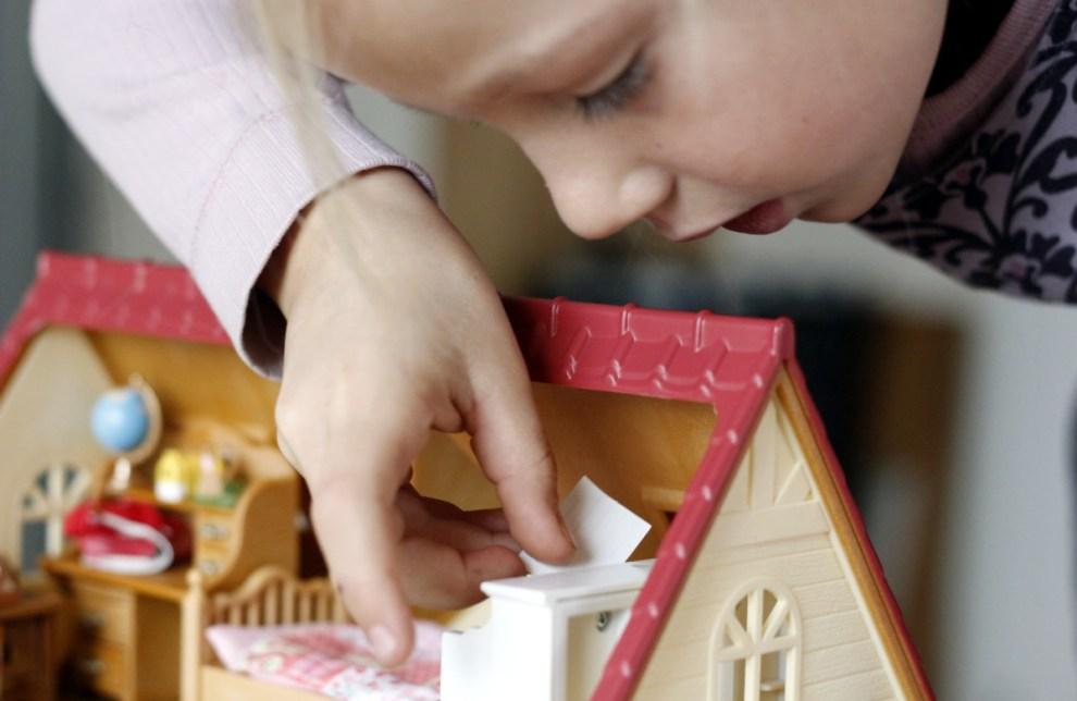 Aufbau Sylvanian Families Starter Haus