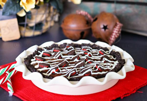 Candy Cane Oreo Pie from kleinworthco.com