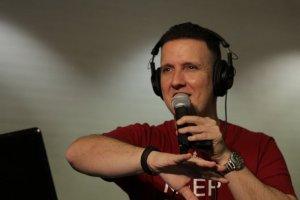 DJ R-Dub at Slow Jams 2016