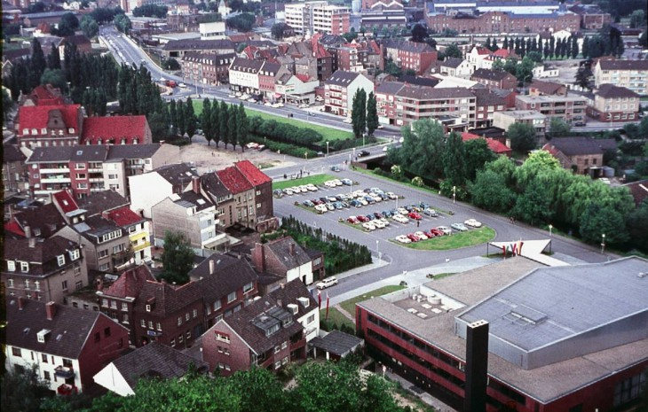 Kleve in dem Jahr, in dem das schwedische Mehrzweck Kampfflugzeuge Saab 37 Viggen seinen Erstflug absolvierte