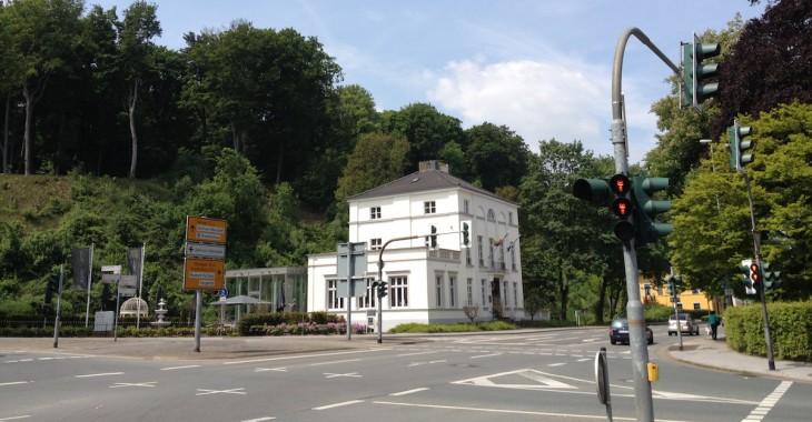 Die Zeichen stehen auf Rot: Die Villa Nova ist wieder auf dem Markt