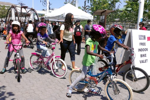 """Kids' Bike Parade"" by Dianne Yee is licensed by CC BY-ND 2.0"