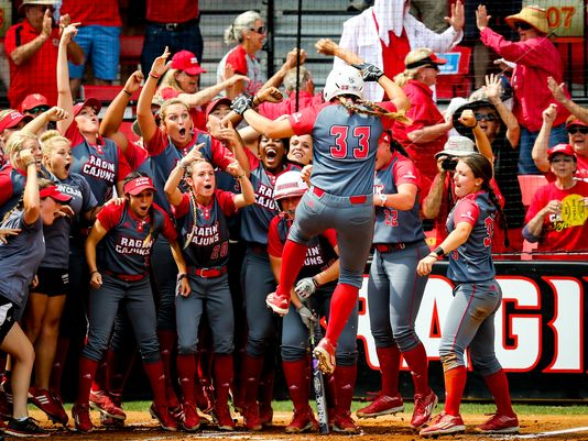 Ragin' Cajuns Softball_197334