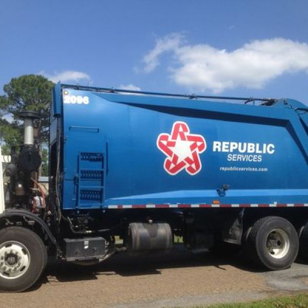 Republic waste_1542316190769.jpg.jpg