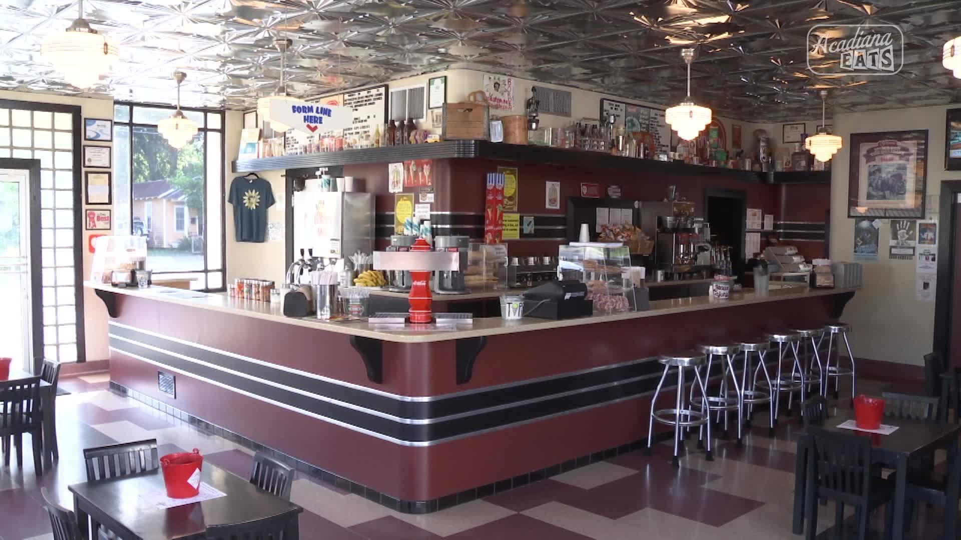Acadiana Eats- Borden's Ice Cream Shoppe in Lafayette