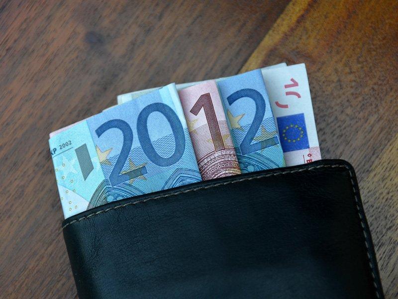 Anregungen für Maßnahmen vor Jahresende und Vorschau auf 2002 -- II. Lohnverrechnung
