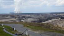 Braunkohletagebau mit Kohlekraftwerk in Jänschwalde