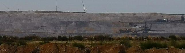 Braunkohlegrube / Braunkohle Tagebergbau