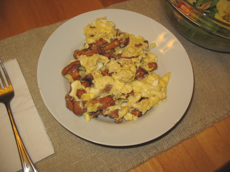 chanterelle scrambled eggs