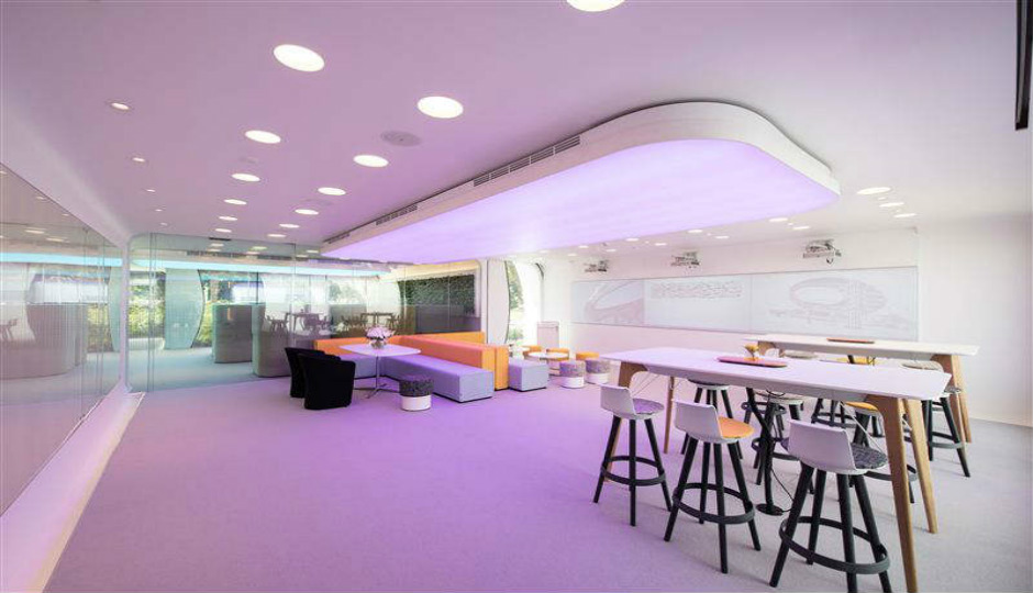 The world's first 3D-printed office in Dubai