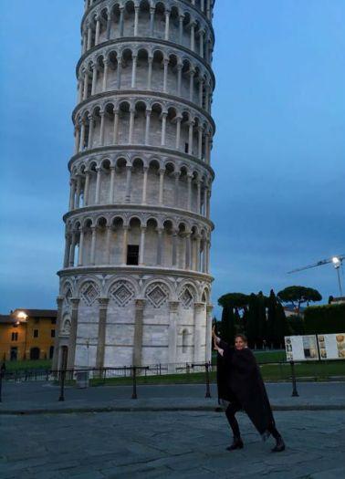Mal den Turm stützen :-)