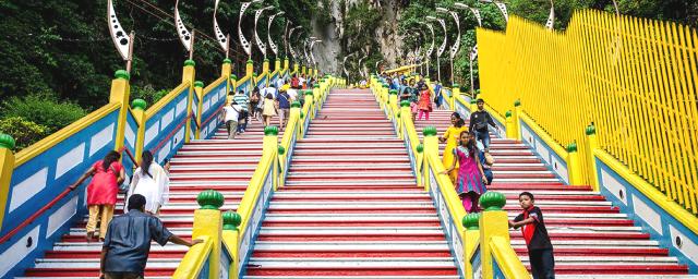 272-steps-staircase-batu-caves-kuala-lumpur