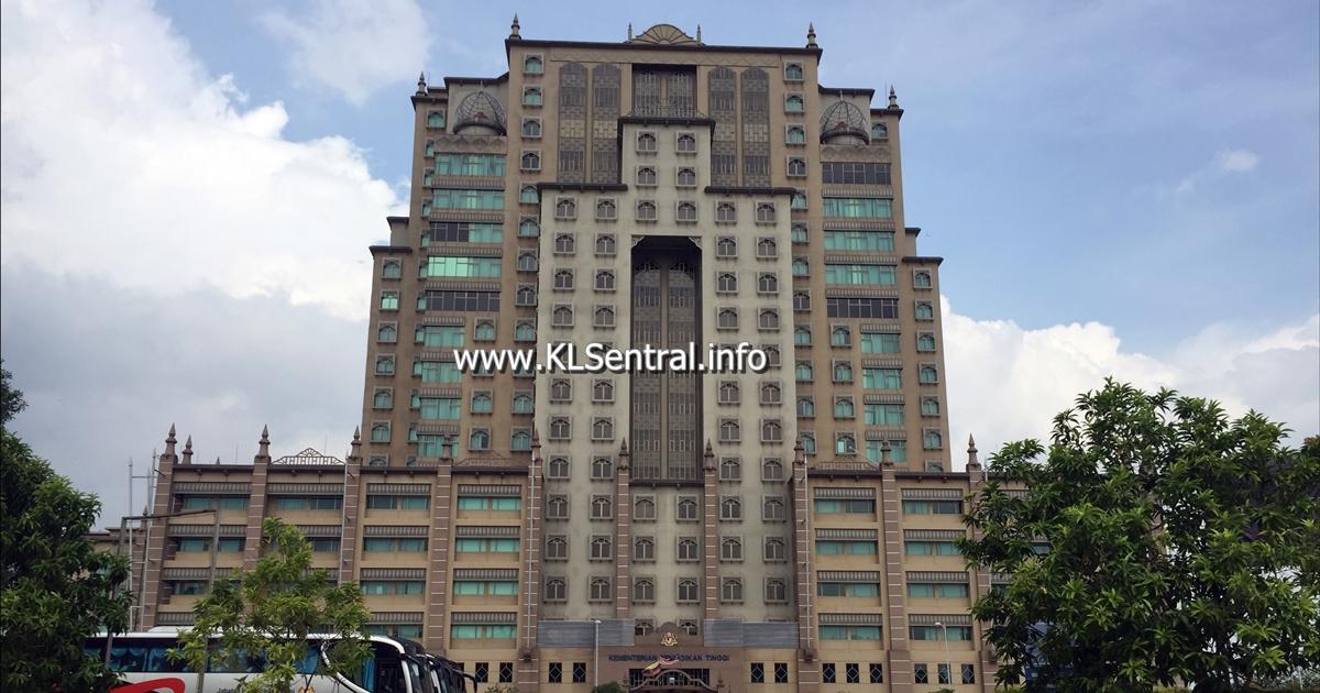 putrajaya-buildings