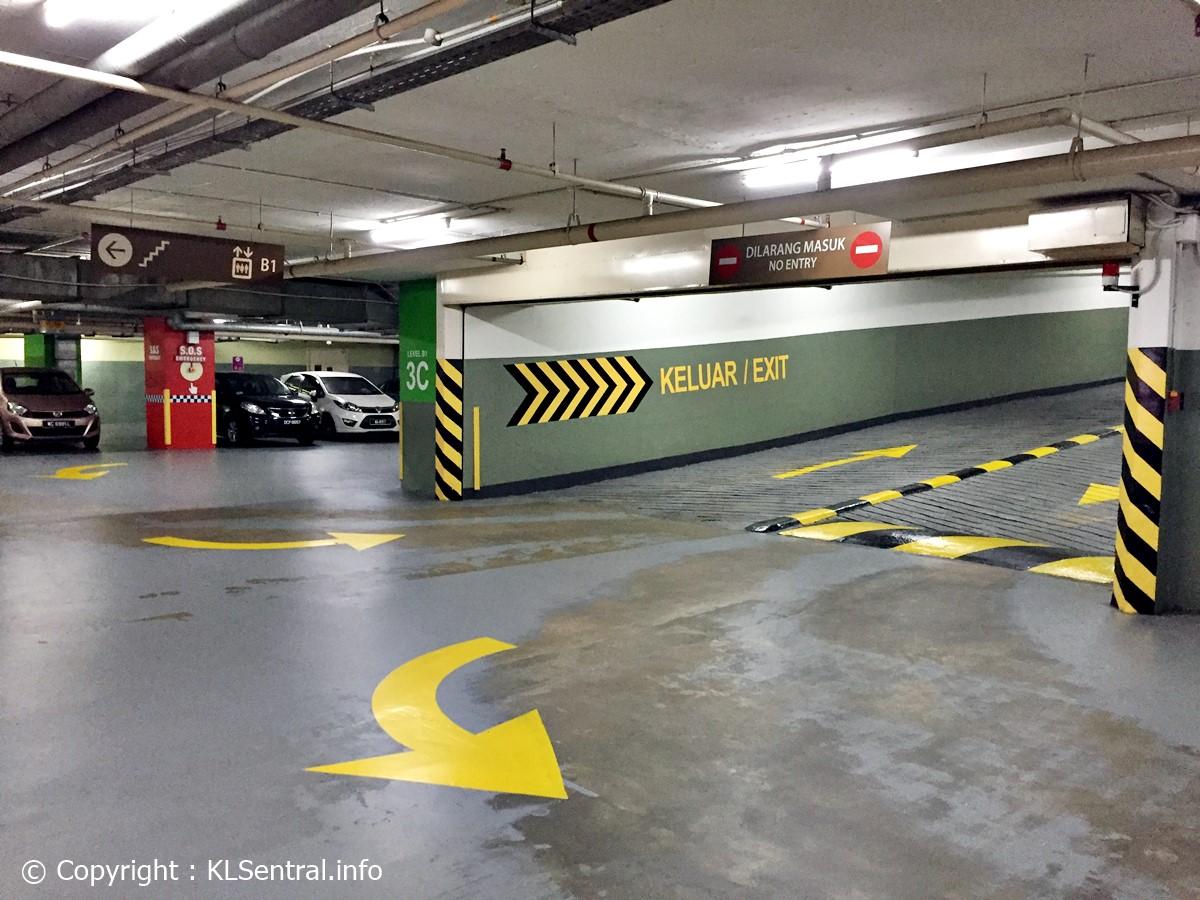 Avenue K Parking Bays