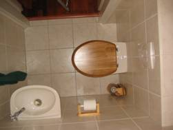 Achterwand Hangend Toilet : Staand toilet vervangen door hangend toilet excellent toilet