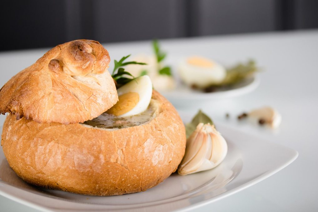 Sauermehlsuppe im Brot
