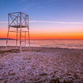 Sardinie – Spiaggia Della Pelosa, jedna z nejznámějších Italských pláží, zvažuje zpoplatnění vstupu.