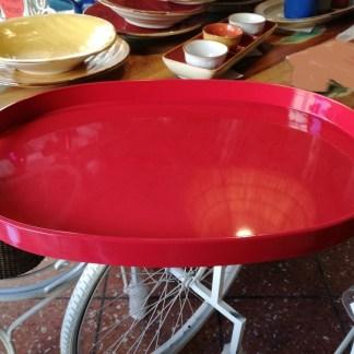 Vassoio Ovale Grande Rosso Resina Maniglia - KMV Home Store stocKMarket