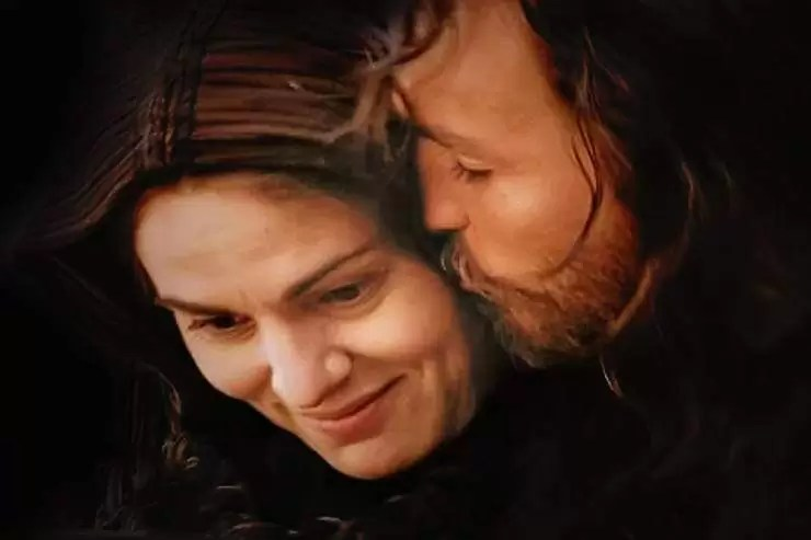 """Photo of Jesus kissing his Mother Mary from the movie """"The Passion of the Christ"""""""
