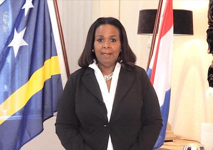 Gevolmachtigde Minister Marvelyne Wiels maakt van Curaçaohuis een familiebedrijf