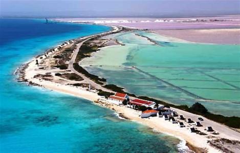 Bonaire moet voorzichtig zijn met toerisme