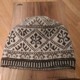 SlitKnits simply harika hat (instagram)