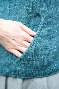 The pocket detail on Intoku © Renée Callahan