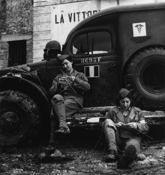 12 26 13 French Ambuulance Corps Knitters WWII