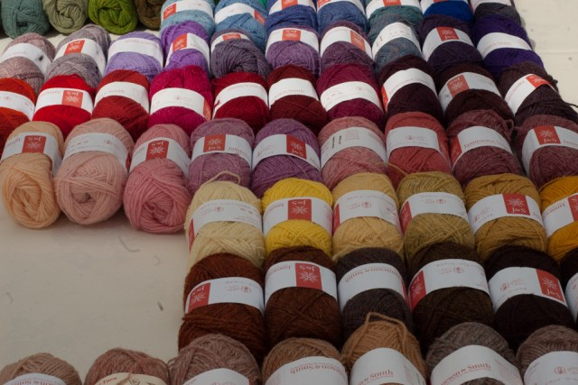 Jamieson & Smith 2-ply Jumper Weight shades: the focus of a new KNITSONIK song